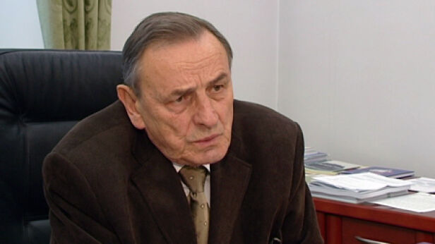PiS chce uhonorować Zbigniewa Romaszewskiego archiwum TVN24