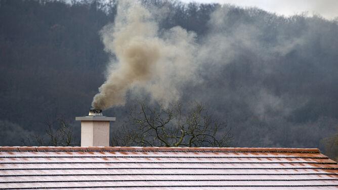 Smog w Polsce. Wiele miejsc z niezdrową i złą jakością powietrza