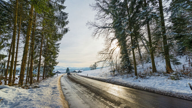 Jazdę utrudnią opady śniegu