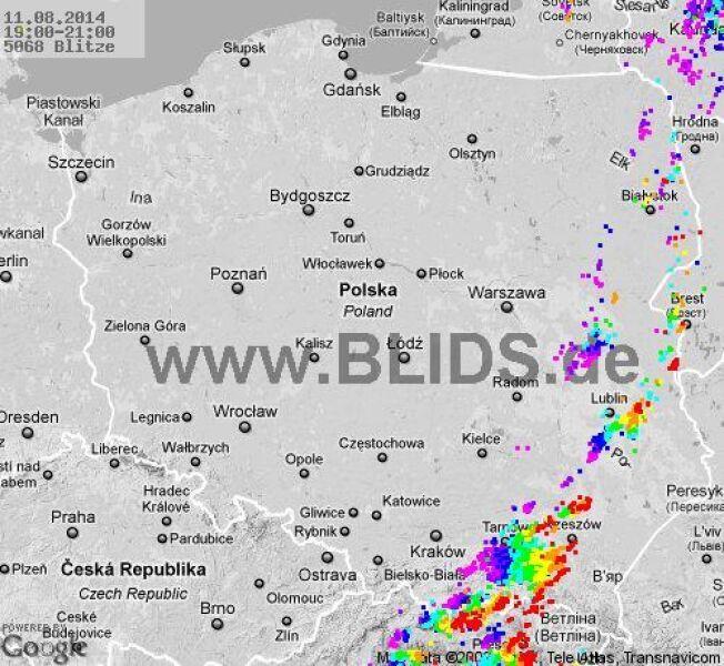 Wyładowania atmosferyczne nad Polską w godz. 19.00 - 21.00